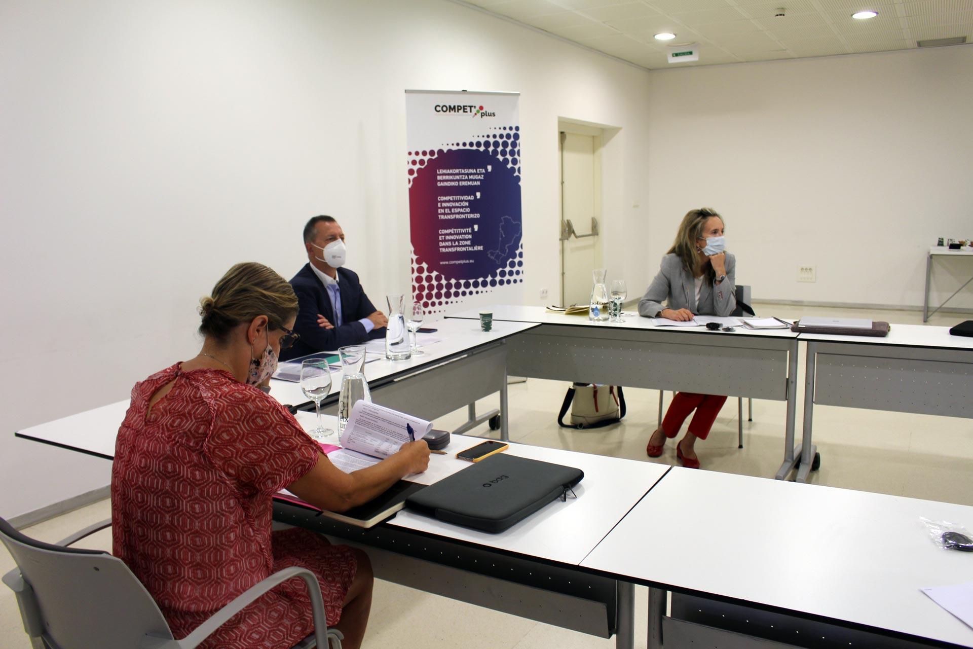 COMPET plus, le projet transfrontalier abordant la compétitivité des entreprises et l'innovation au sein des PME en Nouvelle-Aquitaine, Euskadi et Navarre réunit son premier comité stratégique